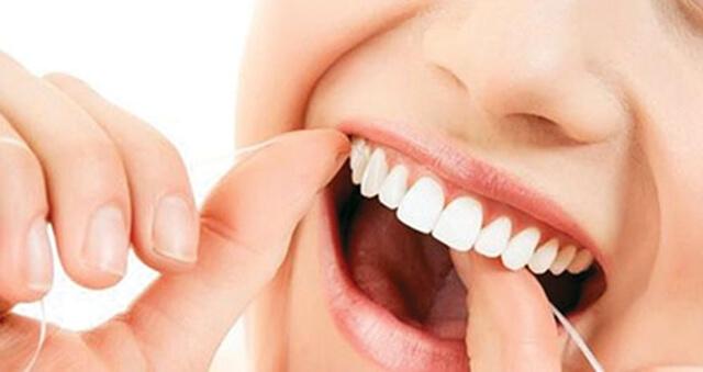 Làm sạch răng